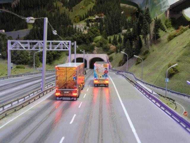120-scania-144-tl-show-truck-herpa-7w